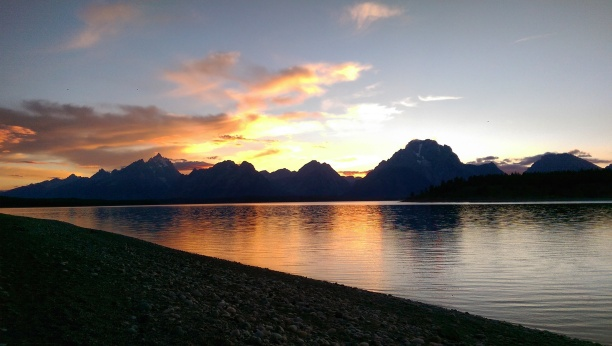 Sunset Photo - Landscape - Grand Teton National Park - Jackson Lake - Wyoming
